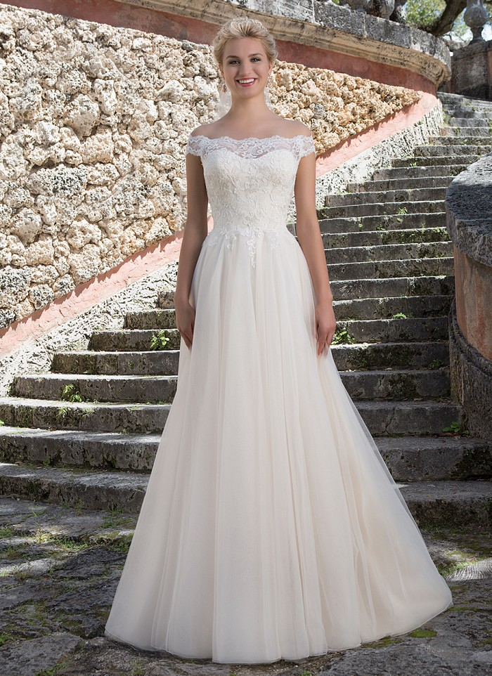 Wedding Dress Sale In Perth Dundee Angus Scotland